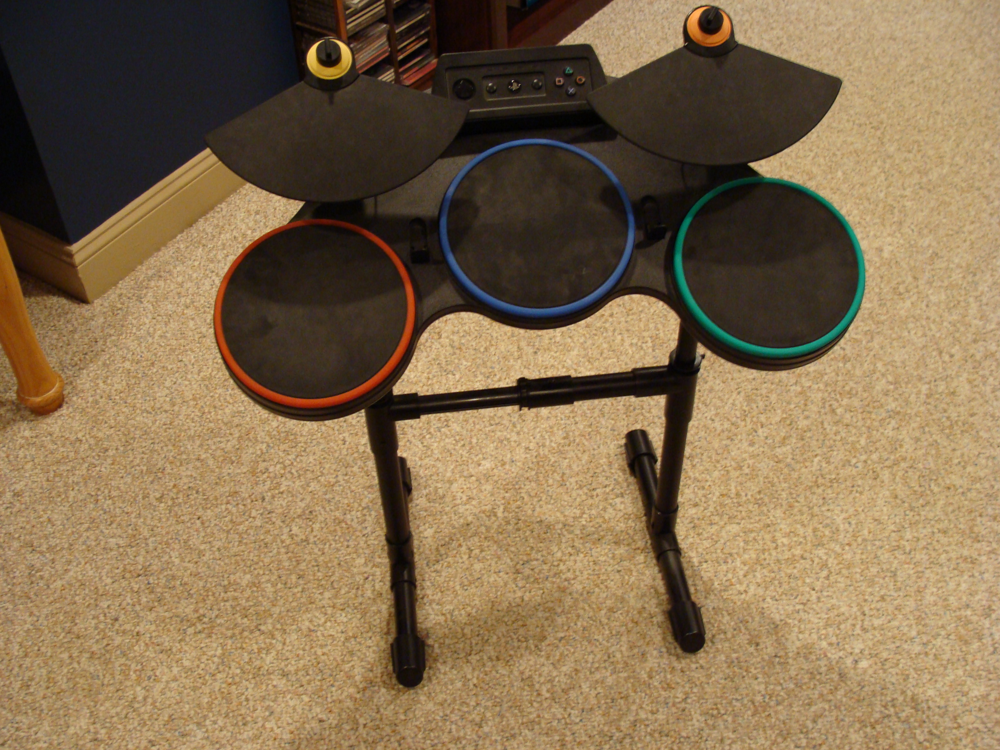 Hack a Guitar Hero drumset to use it with any computer over USB